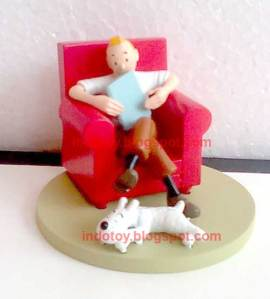 Jual Tintin Red Chair Figure