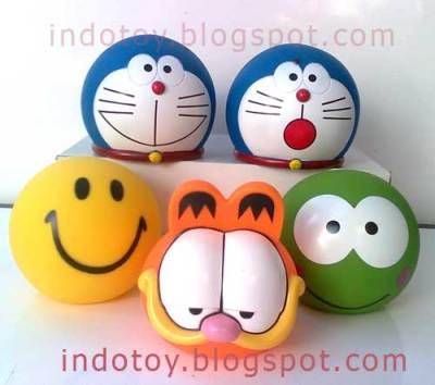 Celengan Doraemon dan lain lain