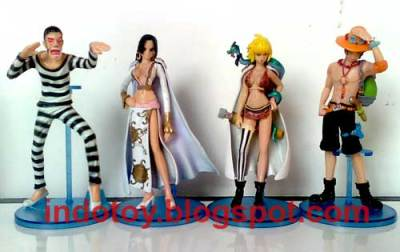 Jual One Piece Figure isi 7