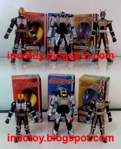 Jual Kamen Rider Figure  isi 3