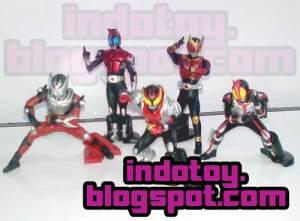Jual Kamen Rider Trading Figure isi 5