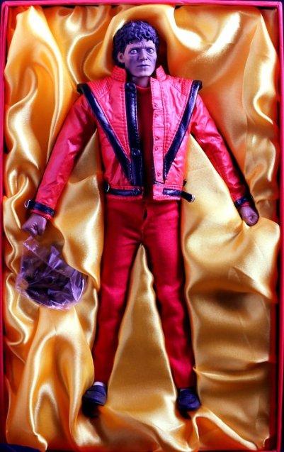 Jual Michael Jackson Thriller 12 inch Figure