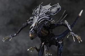 >Jual SCI-FI Revoltech Series No.0018 Pre-Painted PVC Figure: Alien Queen