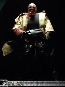 Jual HELLBOY 2 THE GOLDEN ARMY - 18 inch Action Figure
