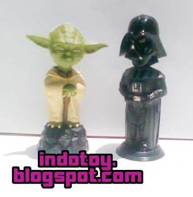 Jual StarWars Boobling Head : Yoda dan Darkside Figure