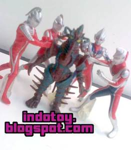 Jual Ultraman Figure seri A