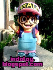 Jual Action Figure Arale Character Bank Action Figure indotoy