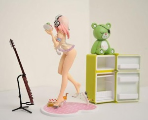 Super Sonico : Labo Babydoll PVC Figure