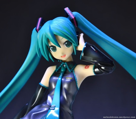 Jual Action Figure : GoodSmile 1/8 Scale Hatsune Miku Figure