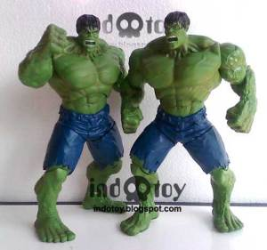Jual HulkMovie 2008  WallMart Action Figure